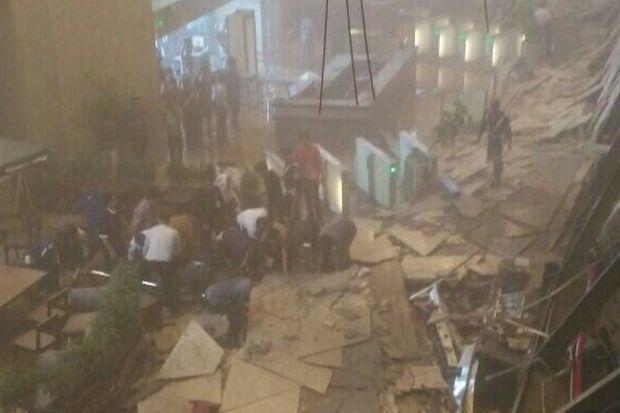 ریزش ساختمان بورس در اندونزی